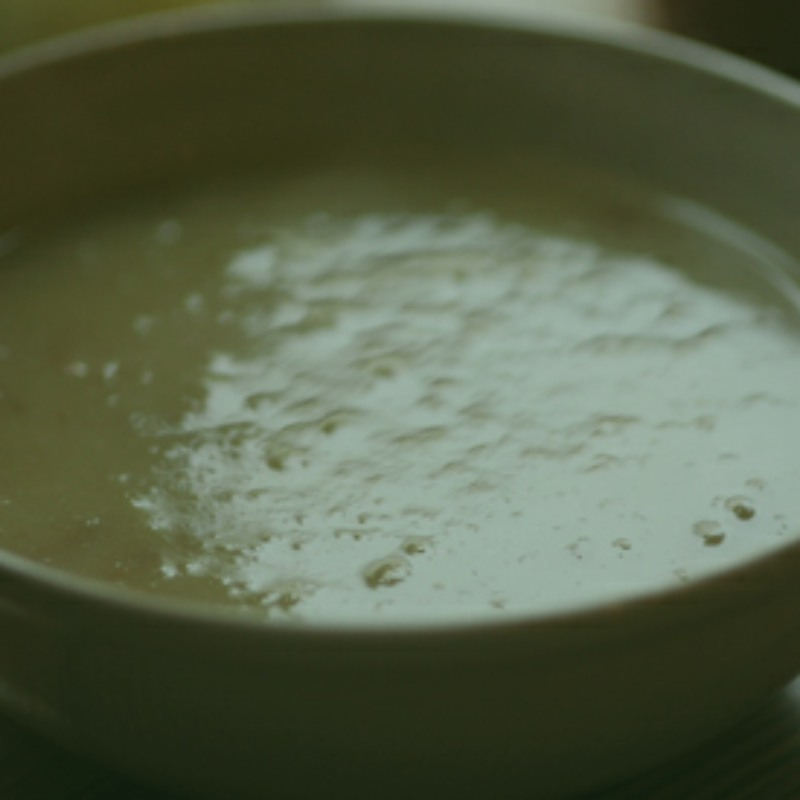 bowl of green pea soup